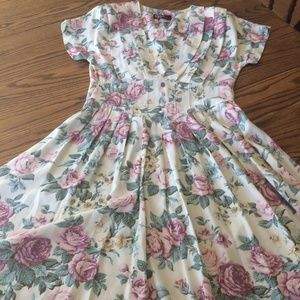 80s Vintage Pleated Floral Short Sleeve Dress